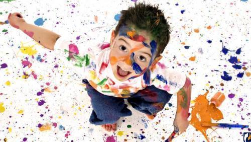 мальчик в краске