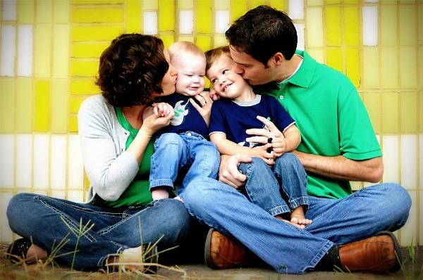 родители с детьми